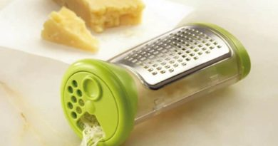 Cheese grater in a sealed enclosure